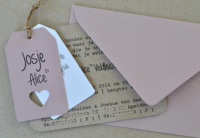 geboorte-kaartjes-labels-touw-bowi.jpg