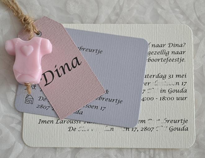 Geboortekaartjes-labels met een zeepje in vele kleurtjes