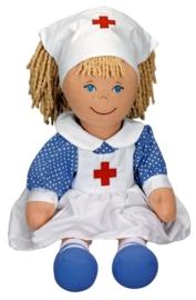 """(Spiegelburg) """"Onze poppenwereld"""" Lappenpop verpleegster 'Tessie'"""