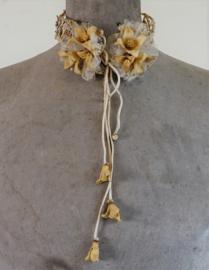 Diadeem met corsages
