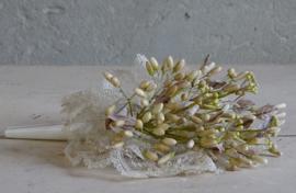 Bruidsboeket wassen bloemen