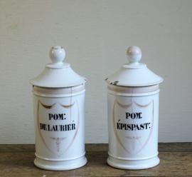 Set pharmacy jars