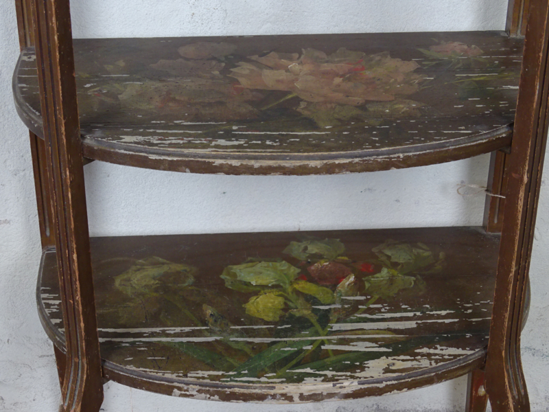Handbeschilderde etagere kast