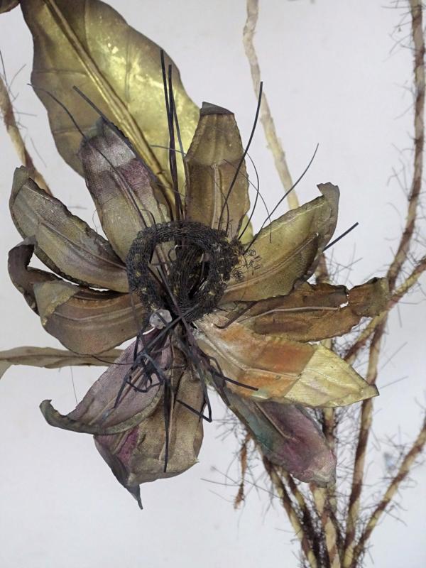 Latoenkoperen bloemen ornamenten