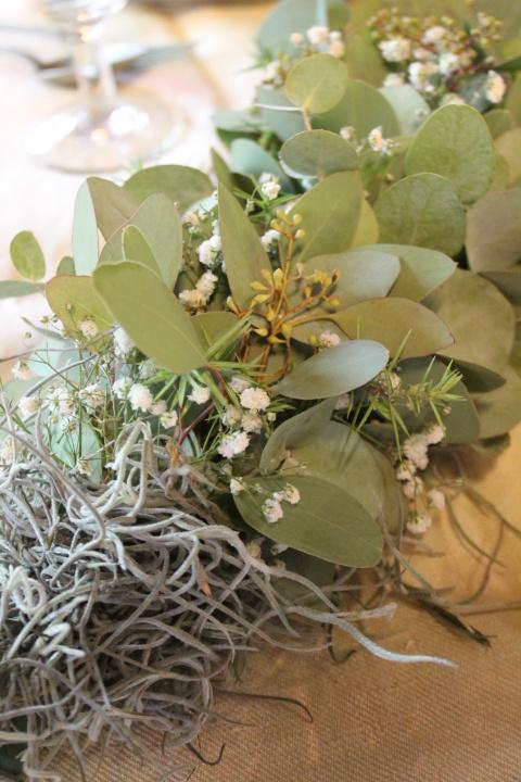 Guirlande van eucalyptus en gips