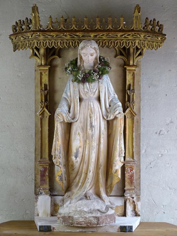Maria altar