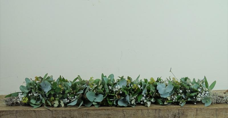 Guirlande van eucalyptus en steeneik