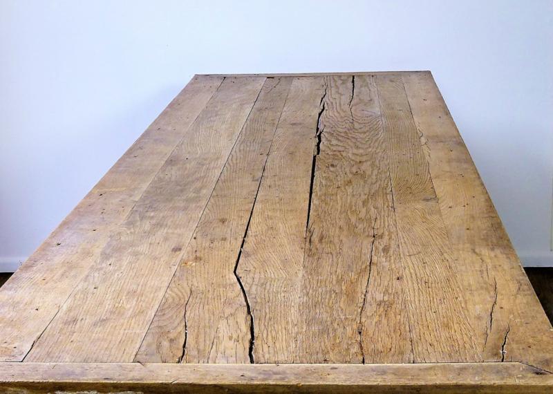 Antieke keukentafel