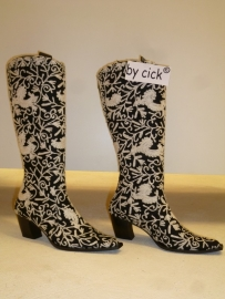 Geborduurde laarzen, By CICK maat 40. Verkocht.