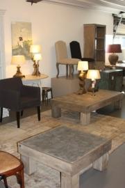 Dit is een sfeer impressie van de meubelcollectie van onze showroom extern.
