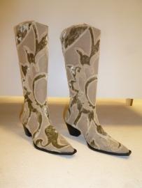 Geborduurde laarzen `` By CICK``  Flower Power- maat 41, Verkocht.
