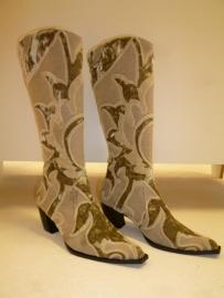 Geborduurde laarzen `` By CICK`` Flower Power -maat 42, Verkocht.