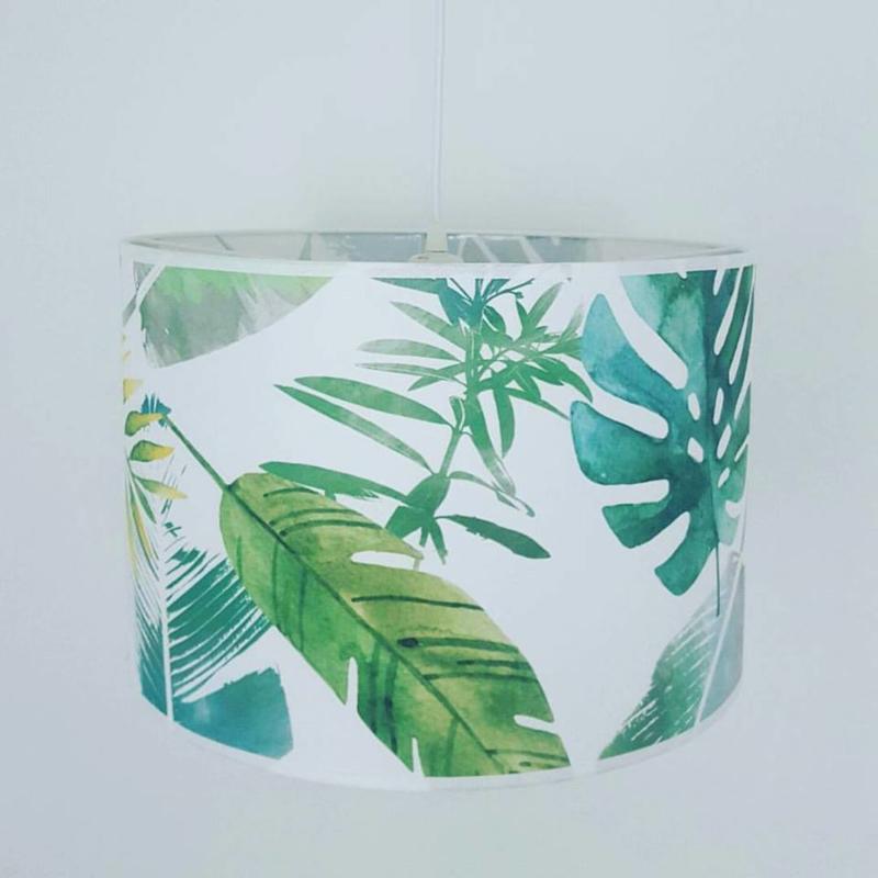 Hanglamp van  satijnstof. Type Jungle. In elk formaat leverbaar.