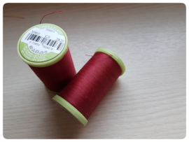 Coats Dual Duty Plus Handquiltgaren nr 2820 Bordeauxrood