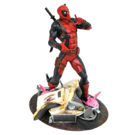 Marvel Taco Truck Deadpool statue - 25cm