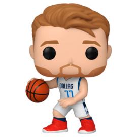 FUNKO POP figure NBA Dallas Mavericks Luka Doncic (60)
