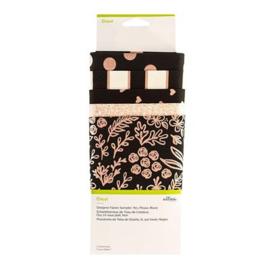 Designer Fabric Sampler   yes please + stofpen