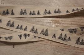 lint met zwarte kerstbomen