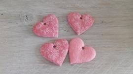 roze stoffen hartjes