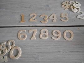 houten cijfers 4 cm