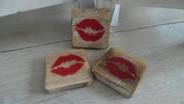 houten blokje symbool | lips