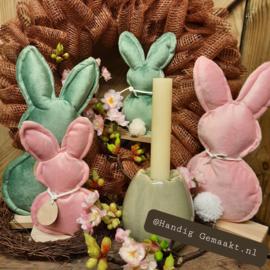 stoffen konijn op voet