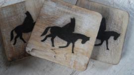 houten blokje Sint op paard