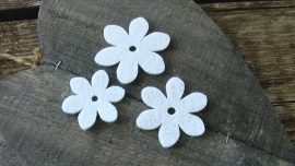 set van 3 vilten bloemen wit