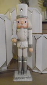 notenkraker wit/zilver met sabel