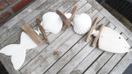 hanger vis /drijfhout/schelpen
