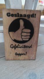 houten postkaart | geslaagd