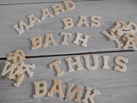 houten letters 4cm