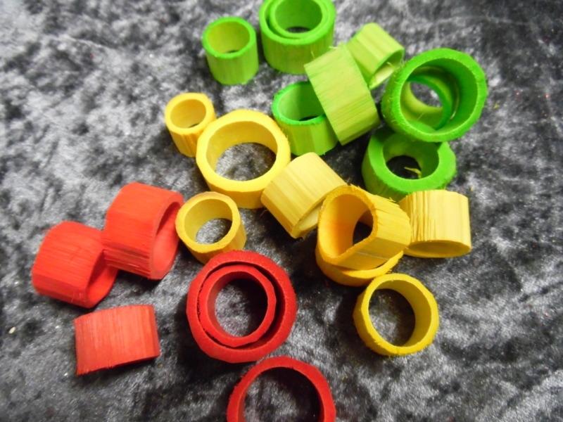 houten ringen rood/geel/groen 2-2,5 cm