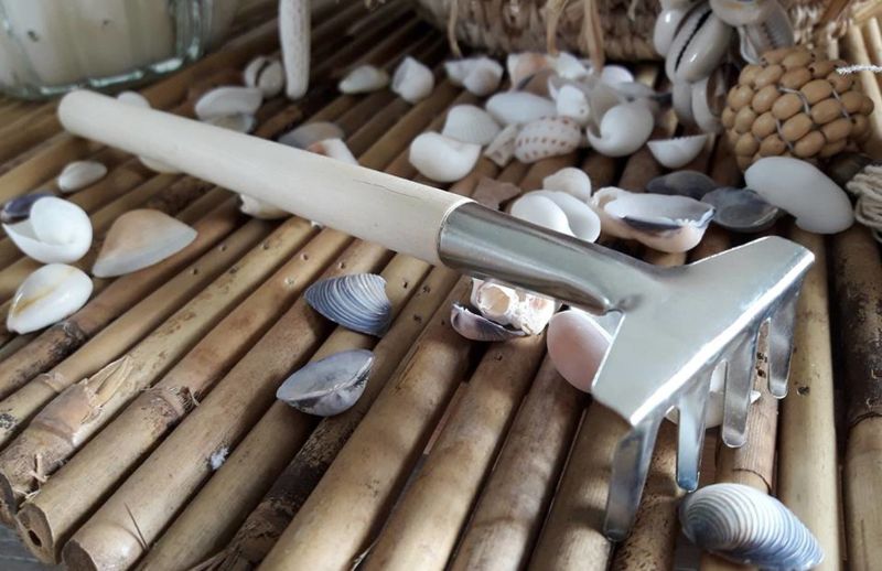 mini hark met houten steel