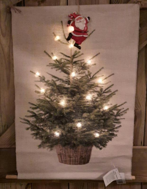 kerstboom met verlichting op doek