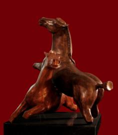 """Bronzen beeld """"Freedom in spring"""""""