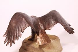 Zeearend bronzen beeld