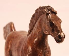 Paard in galop - bronzen beeld