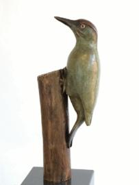 Groene Specht Roots - bronzen beeld