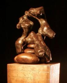 Hoger en hoger - bronzen sculptuur