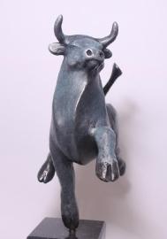 Bronzen stier Eleftherios