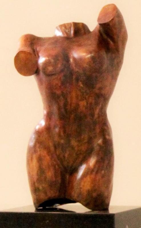 Vrouwentorso - bronzen beeld
