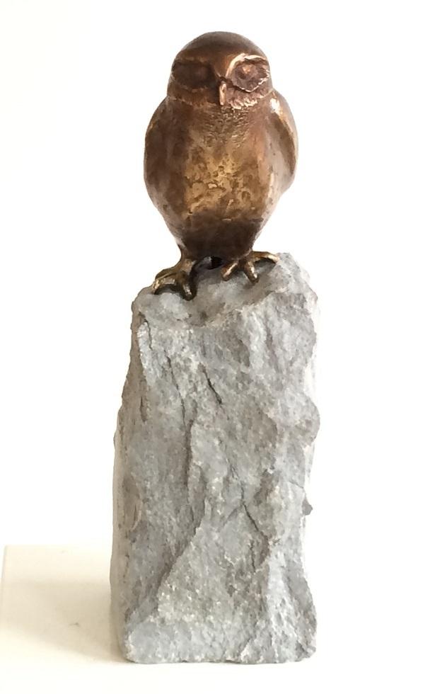 uil bronzen beeld