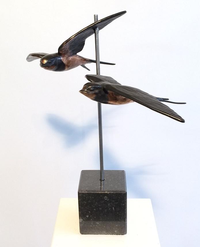 Verliefd, verloofd, getrouwd - twee zwaluwen - brons