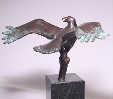 Roofvogel - wildlife art sculpture Osprey
