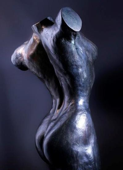 Bronzen beeld vrouw - statue female torso