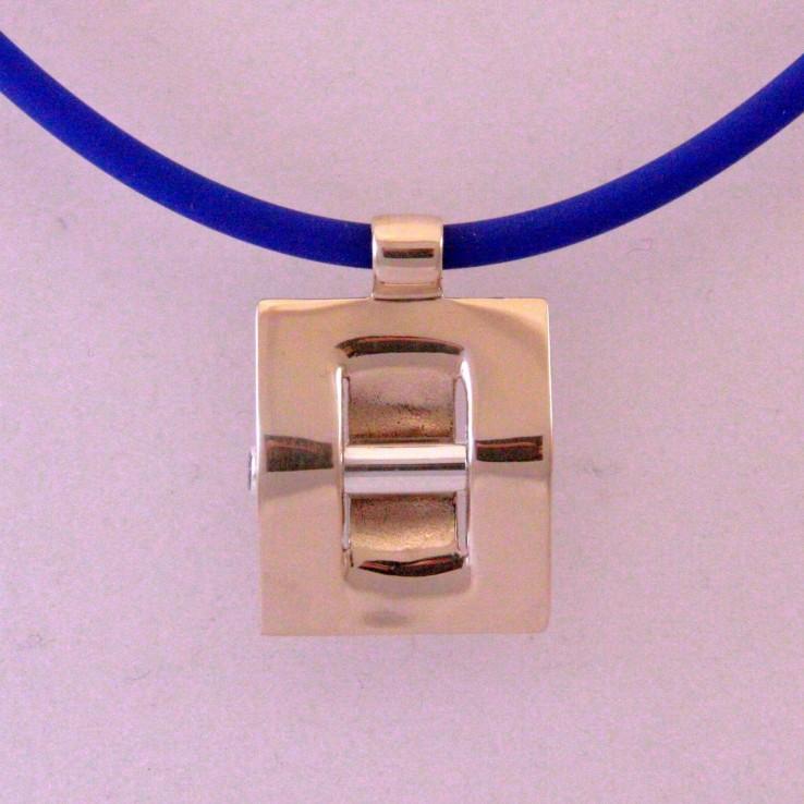 Assieraden van zilver en brons