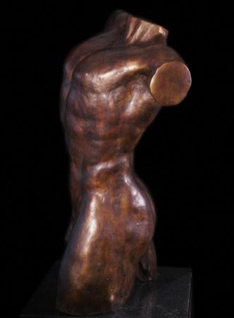 Bronzen beeld Man torso Kratos