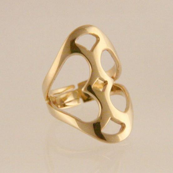 Sieraden, brons: het nieuwe goud - opengewerkte ring verguld