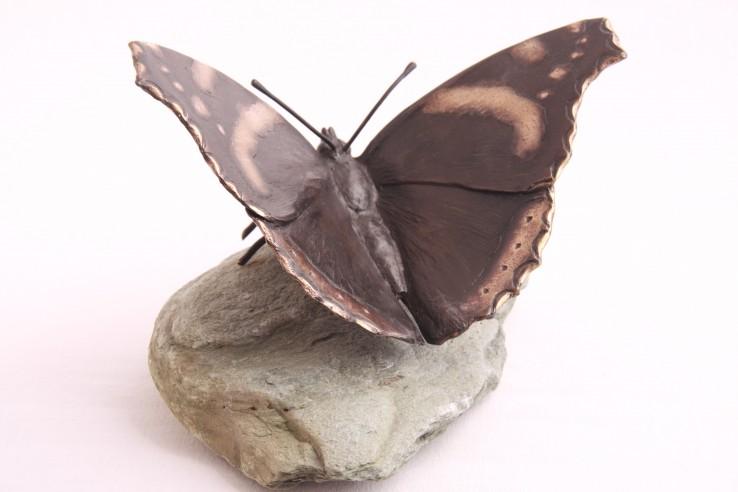 Bronzen sculptuur gedenkteken vlinder